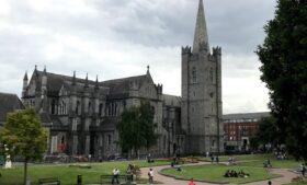 St. Patrick's Cathedral: o verdadeiro cartão-postal de Dublin